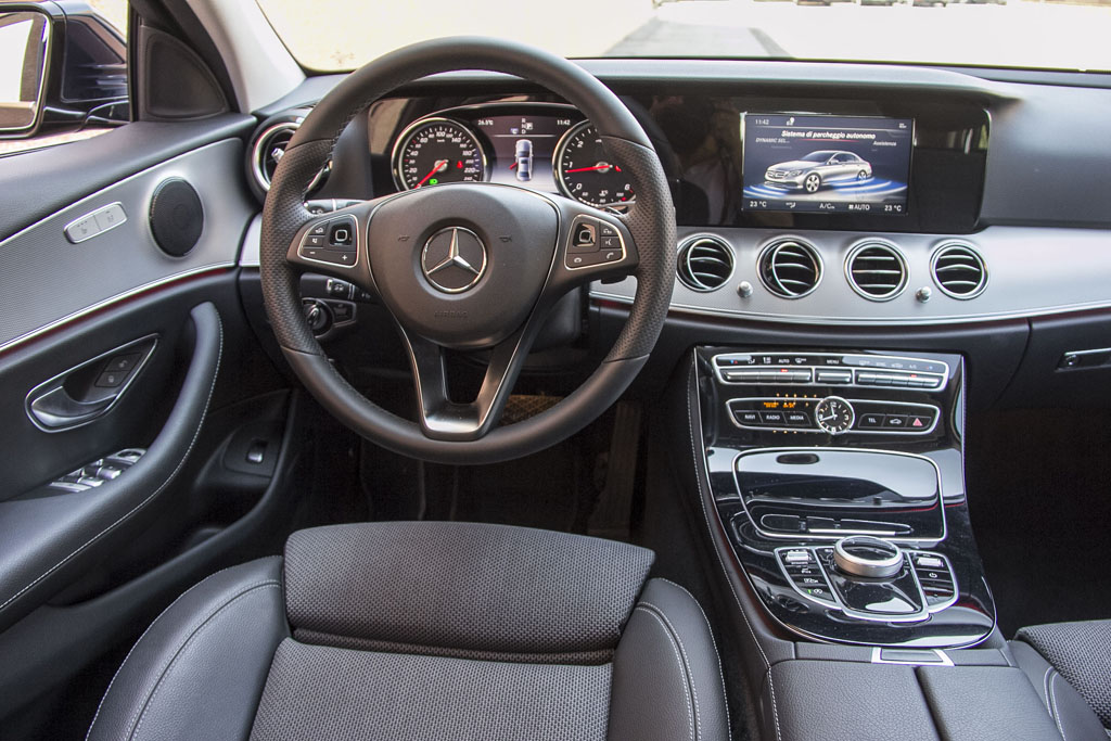 ncc como driver services noleggio mercedes berlina classe E